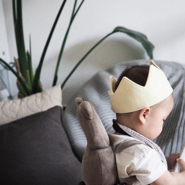 手作りフェルト王冠