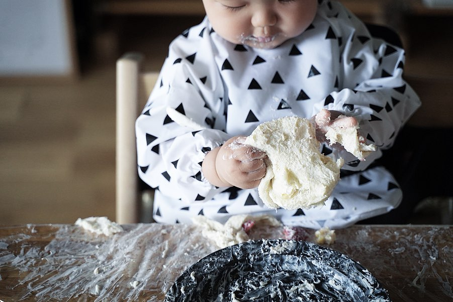 1歳誕生日 - スマッシュケーキとお食事エプロン