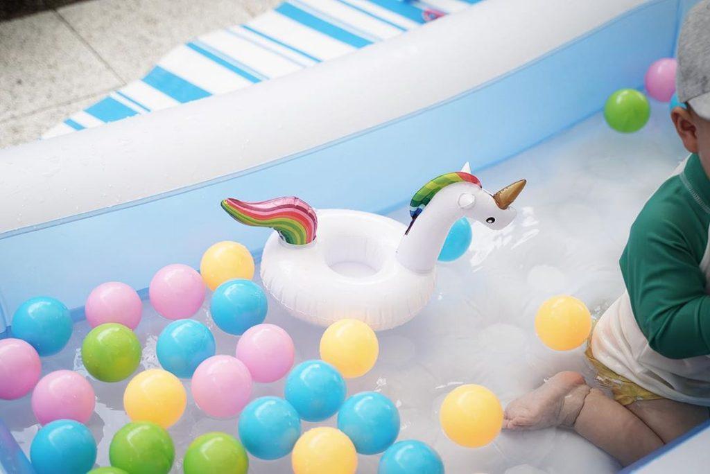 おうちプール - 水遊びおもちゃ