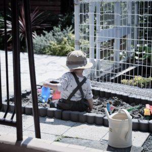 DIY経験がなくても簡単!ガーデンブロックを使って庭におうち砂場を作ろう