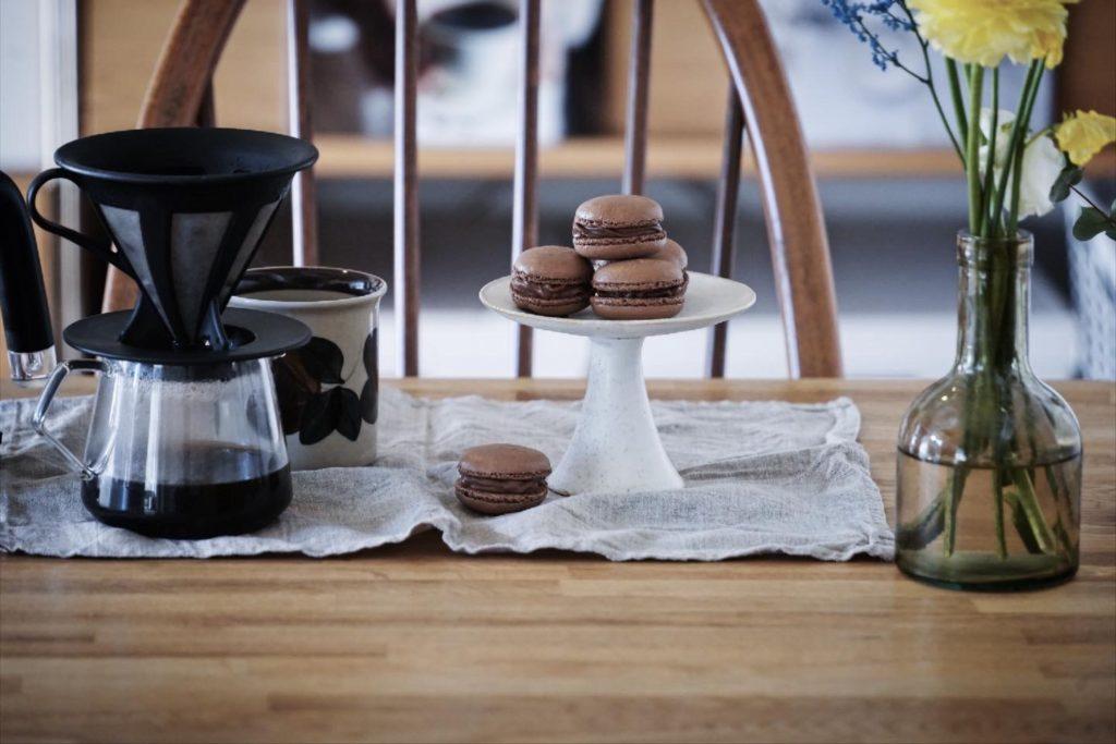 バレンタインにもぴったり!初心者にもやさしいレシピで手作りチョコマカロン